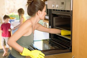 oven-cleaning1